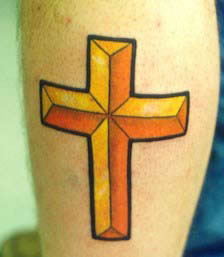 Dreidimensionales Kreuz Tattoo